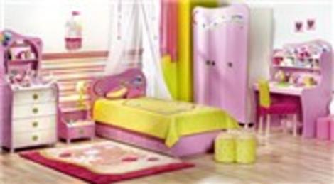 Çilek Odası Cupcake serisi kız çocuklarına eğlenceli bir dünyanın kapısını aralıyor!