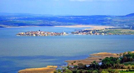 Ulubat Gölü, 60 yıl içinde çöle dönecek!