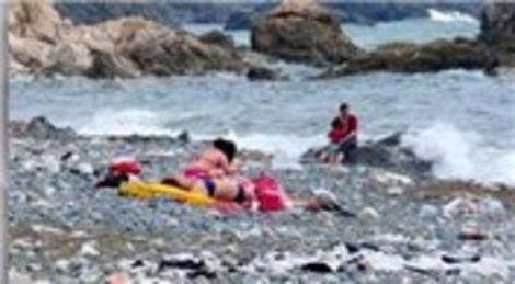 Suriye Samandağı Kumsalı'nı çöplüğe çevirdi!