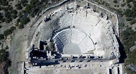 Antalya Kibyra Anik Kenti'nde 560 metrekarelik mozaik yapı bulundu!