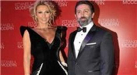 Özcan Tahincioğlu ve Aylin Tahincioğlu çifti 20. evlilik yıldönümünü St.Tropez'de kutladı!