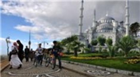 Çamlıca Tepesi'ne dev camii!