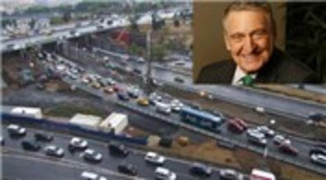 Rahmi Koç'tan trafik çilesine çözüm: Ring seferleri!