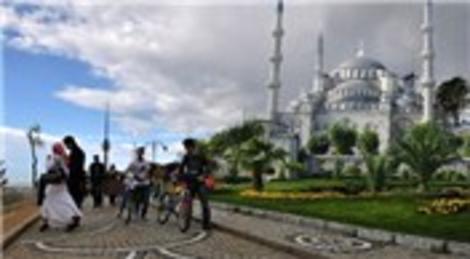 Çamlıca Camii için 5 mimar gurubu yarışıyor!