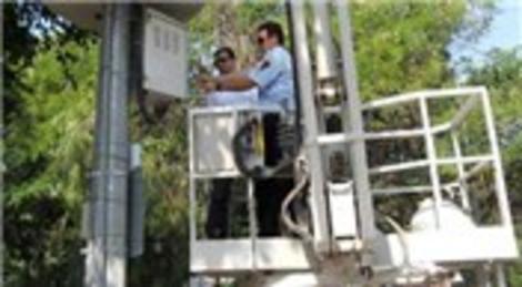 İzmir Büyükşehir Belediyesi kaçak baz istasyonlarını belirledi!