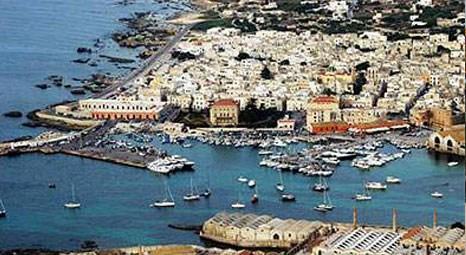 İtalya'nın Sicilya Adası borç batağında!