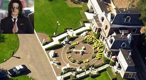 Michael Jackson'ın 500 milyon dolarlık malikanesine kardeşleri el koymak istedi!