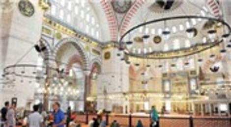 Süleymaniye Camisi'nin akustik düzeni restorasyonda bozuldu!