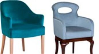 Sandalyeci, ahşabı kumaşın doğal rengiyle konuşturuyor!
