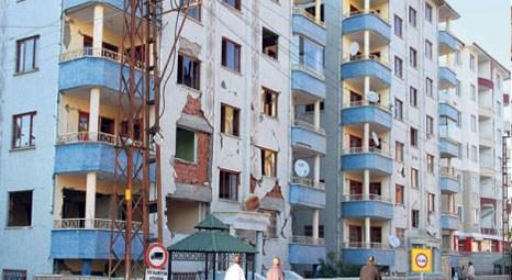 Adapazarı Belediyesi hasarlı binalardan vatandaşları çıkaramıyor!