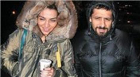 Ebru Akel Özer Sancak'la Hotel Les Ottomans'ta evleniyor!