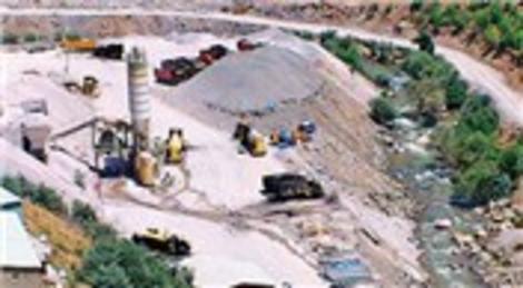 TSK ve DSİ, terörist sızmalarını engelleyecek 11 barajın 3'ünü bitirebildi!