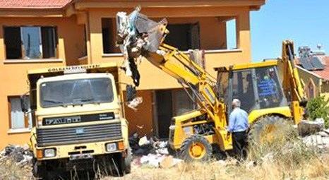 Ankara Gölbaşı'nda emekli öğretmenin villasından 10 kamyon çöp çıktı!