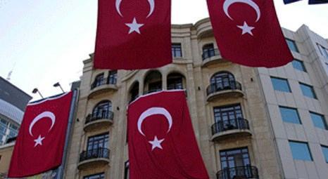 30 Ağustos Zafer Bayramı'nda İstanbul'daki gökdelenler Türk Bayrağı'na büründü!