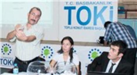 TOKİ'nin Adana'daki Suluca Karşıyaka Mahallesi konutlarında kura çekimi yapıldı!