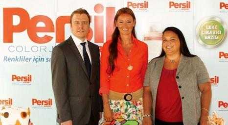 Persil Expert Color Jel'e Pınar Altuğ Atacan ile rengarenk tanıtım organizasyonu