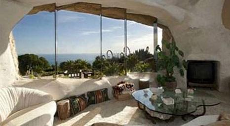 Dick Clark'ın Malibu'daki Çakmaktaş benzeri evi 3.5 milyon dolar!