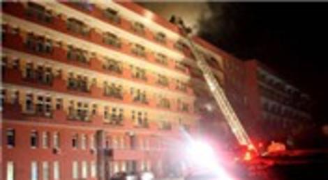 Süreyyapaşa Göğüs Hastalıkları Hastanesi'nde yangın çıktı!
