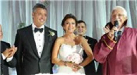 Sadettin Saran ve Emek Külür, Kemer Country'de yapılan sade nikahla evlendi!