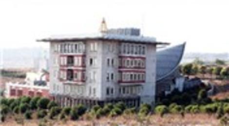 Gebze Yüksek Teknoloji Enstitüsü'ndeki binalara 50 milyon dolar harcandığı halde inşaat bitmedi!