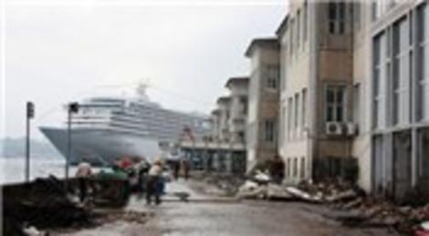 Mimar Sinan Üniversitesi moloz yığınlarına dönüştü!