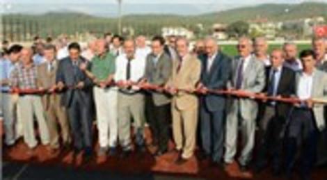 Bursa Orhaneli'nde yapılan FIFA standartlarına uygun futbol sahası hizmete açıldı!