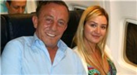 Ali Ağaoğlu ve Petek Ertüre, Dubai'deki Burj Al Arab'da geceliği 4 bin euroya konakladı!