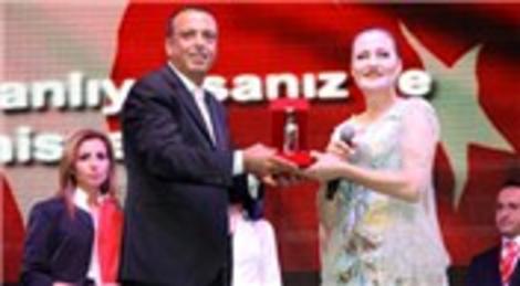 Ataşehir Belediyesi Candan Erçetin Konseri ile 29 Ekim'i kutladı!