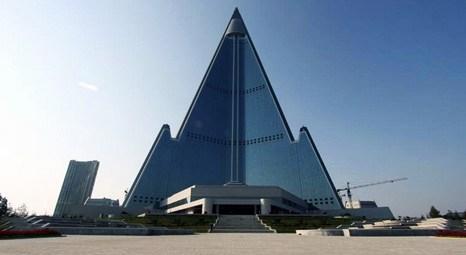 İnsanlık tarihinin en çirkin binası Ryugyong Oteli Kuzey Kore'de açılıyor!