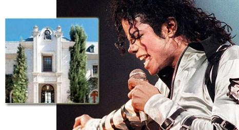 Mıchael Jackson'ın Los Angeles'taki malikanesi 18.1 milyon dolara satıldı! Ev 20 milyon dolar daha ucuza gitti!