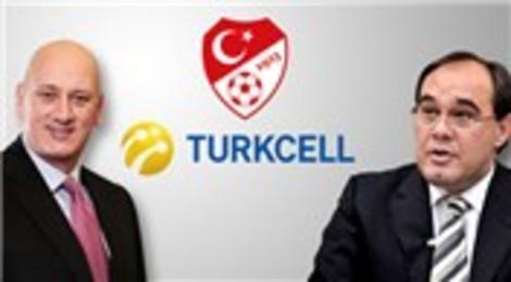 Turkcell ve TFF işbirliğiyle stadyumlarda akıllı bilet dönemi başlıyor!