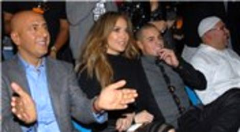 Jennifer Lopez, Reina'da eğlendi! Akmerkez'de alışveriş yaptı!