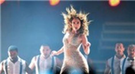 Jennifer Lopez İstanbul'daki ikinci konserini Ülker Sports Arena'da verdi!