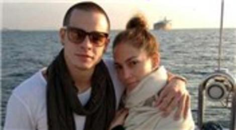 Jennifer Lopez'in İstanbul aşkı bitmiyor! İstanbul Boğazı'nda çekilen fotoğrafları Twitter'da paylaştı!