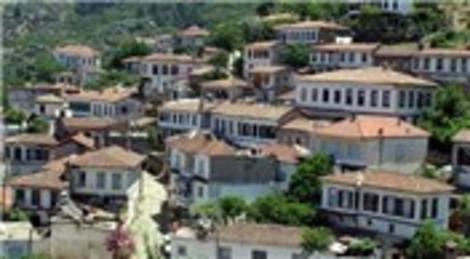İzmir'in Şirince Köyü, 21 Aralık'ta tarihinde görmediği kalabalığı görecek!