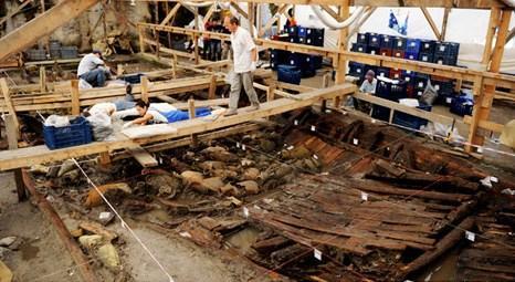 Marmaray Yenikapı durağı inşaatında tarihi eser fışkırmaya devam ediyor!