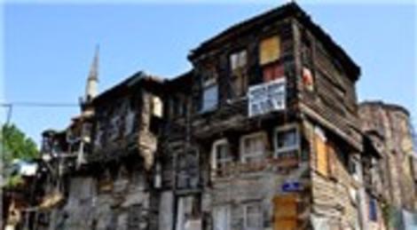 İBB Zeyrek'teki sivil mimari örneklerine restorasyon yaptıracak!