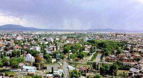 Kars Belediyesi iş merkezi satıyor!