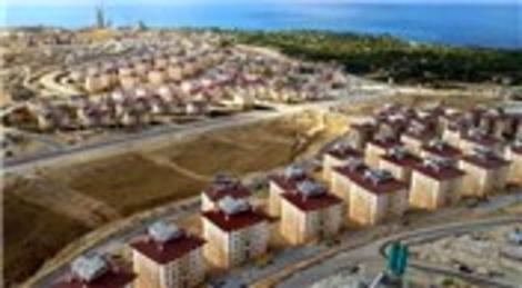Van'ın Halkalı ve Özkaynak köylerindeki depremzedelere evleri teslim edildi!