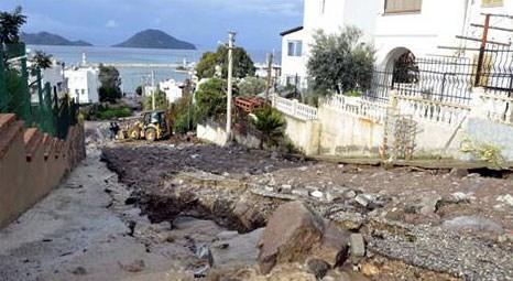 Bodrum'u sel aldı! Sağanak yağmur Turgutreis, Bitez ve Yalı'yı göle çevirdi!