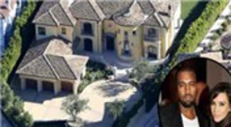 Kim Kardashian ve Kanye West doğacak bebekleri için California'dan 11 milyon dolara malikane satın aldı!