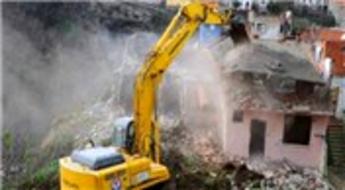 Fatih Tokludede Mahallesi'nde kentsel dönüşüm yıkımları protesto edildi!