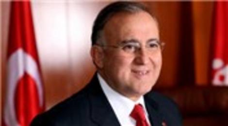 Asım Güzelbey: Kamil Ocak Stadyumu'nun yerine meydan yapılmalı!