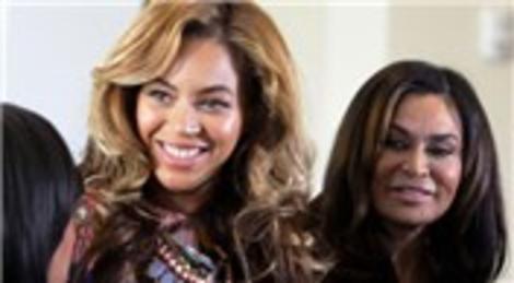 Beyonce, annesine Houston'dan 5.9 milyon dolara ev satın alacak!