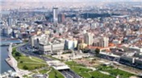 İzmir Büyükşehir Belediyesi Mobil Kent Rehberi ile şehir artık cebinizde!