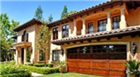 Kim Kardashian Beverly Hills'teki evini eşyalarıyla birlikte 5 milyon dolara satıyor!