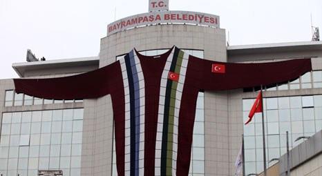 Bayrampaşa Belediye binası enerji tasarrufu için kazak giydi!