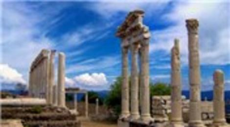 İzmir Büyükşehir Belediyesi, İzmirTarih projesiyle bölgedeki tarihi canlandıracak!