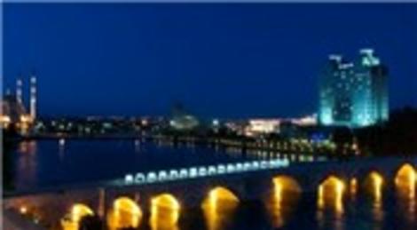 Adana, kentsel dönüşüm ve turizm projeleri ile değişecek!