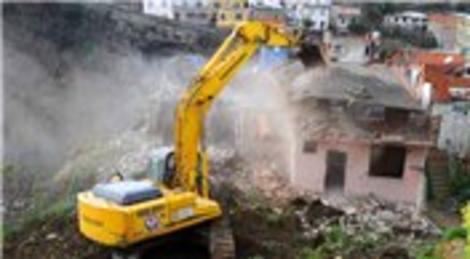 5 şehirde riskli binalar 6 Nisan'da aynı anda yıkılacak!